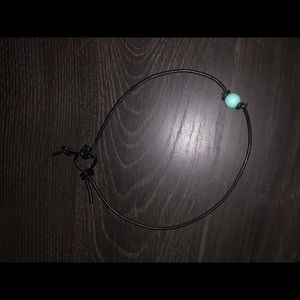 Jewelry - Blue pearl choker